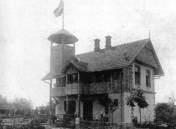 Ljetnikovac - vila 'Živila Hrvatska',  izgrađena 1904. godine